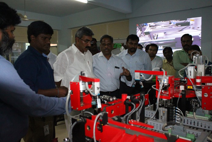 MLA Alapati at VVIT Siemens center of excellence